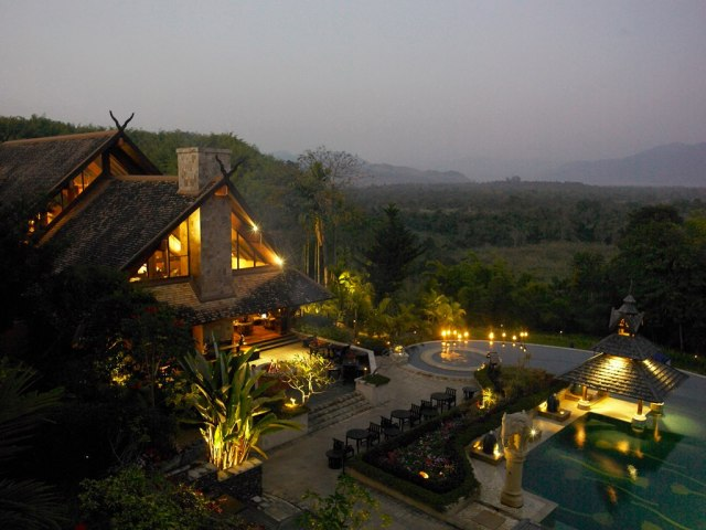 ANANTARA GOLDEN TRIANGLE RESORT & ELEPHANT 1