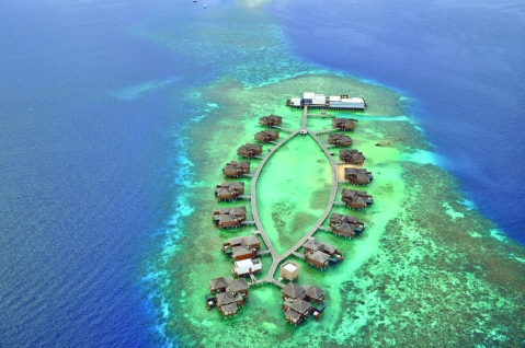 Jumeirah Dhevanafushi - Aerial View of the resort